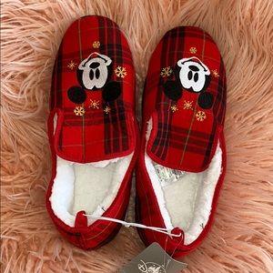 Disney christmas loafers - size 7/8 men